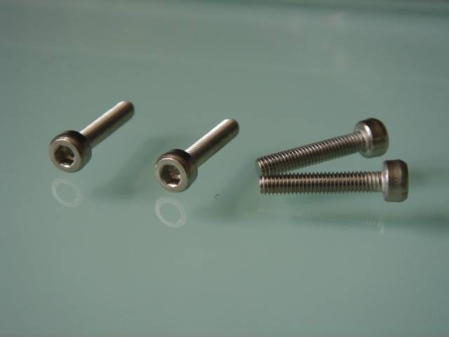 Stainless Steel Cap Head Screw           M3 x 15 mm (10 Pcs)